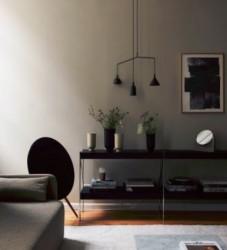 Modernus šviestuvas interjere